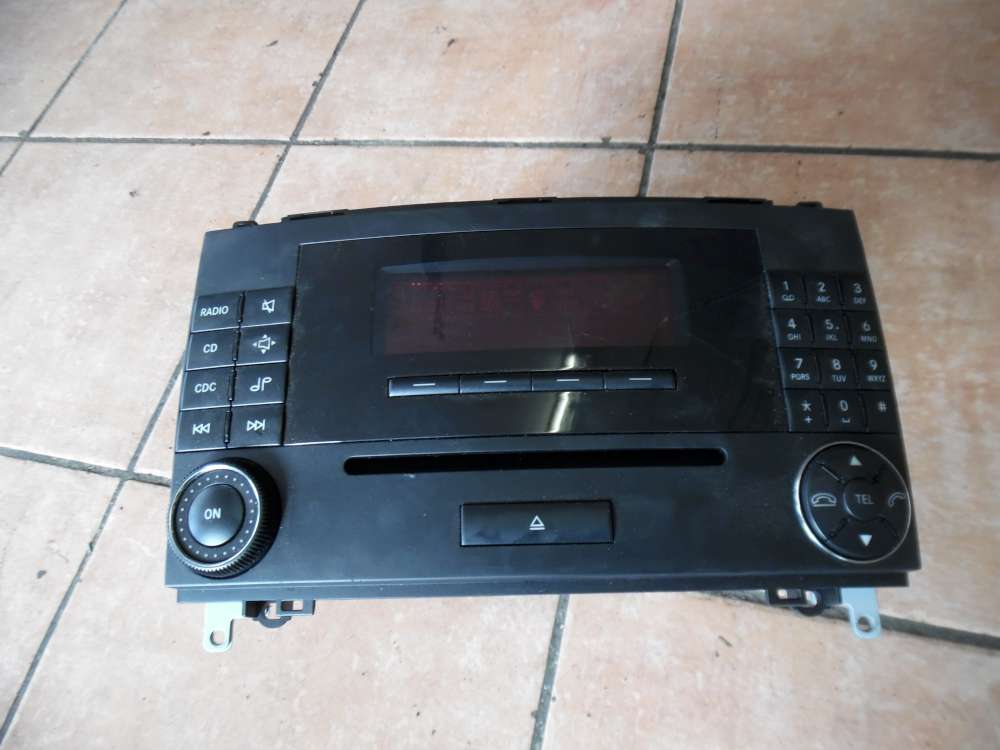 Mercedes A-Klasse W169 Radio CD Typ : MF2750 A1698700689