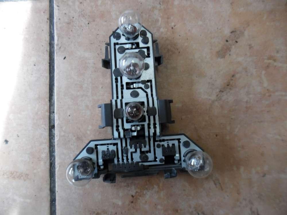 VW Golf IV 1J Lampenträger Rückleuchte Rechts 1J6945257