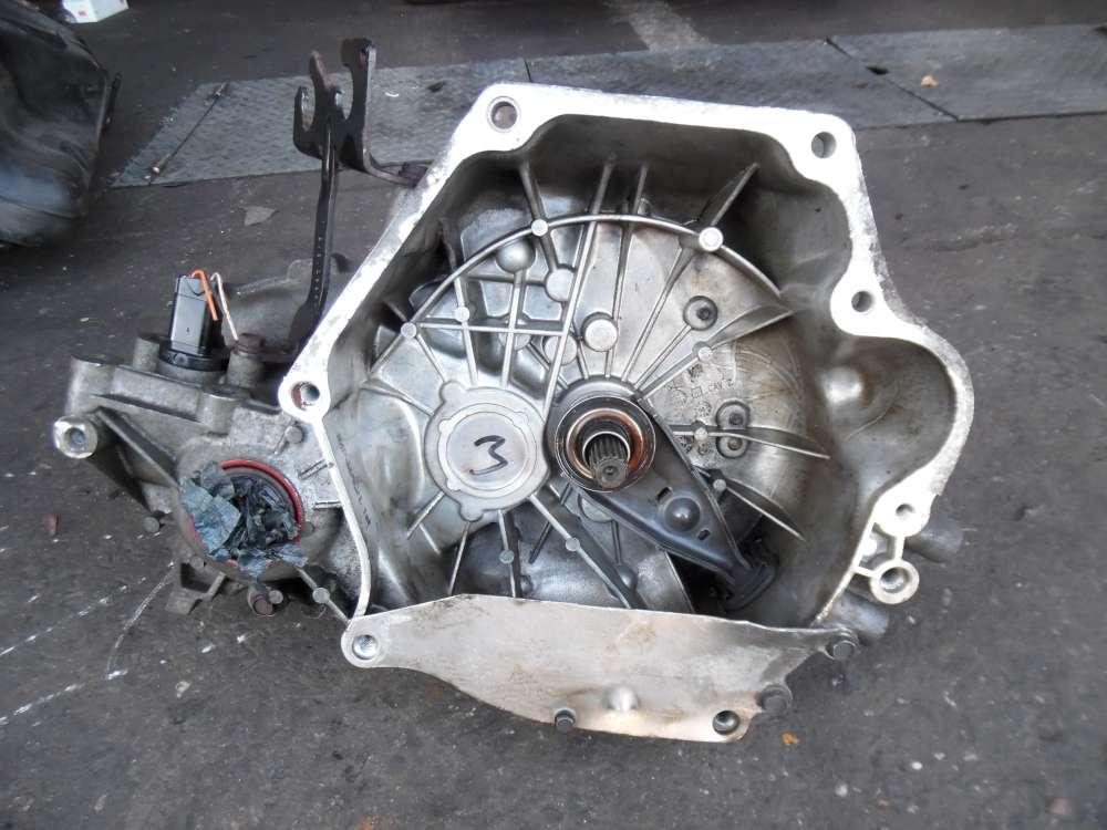 Chrysler PT-Cruiser 2.0 Getriebe Schaltgetriebe 5-Gang 212,226 KM 4668776AD