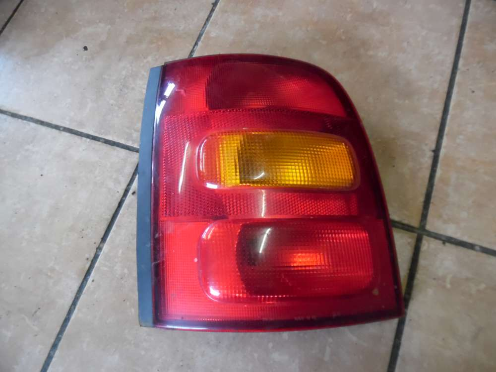 Nissan Micra K11 Bremslicht Rückleuchte Links 26555 6F 600