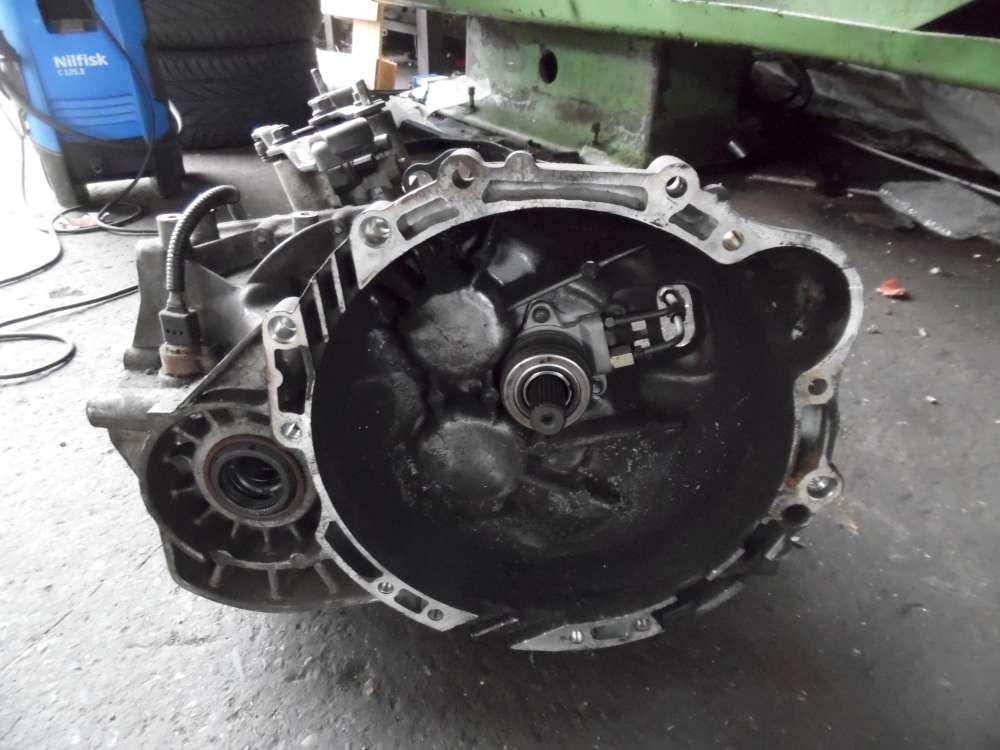 KIA Carens II 2,0CRDi Bj:2007 Getriebe Schaltgetriebe M5gF2