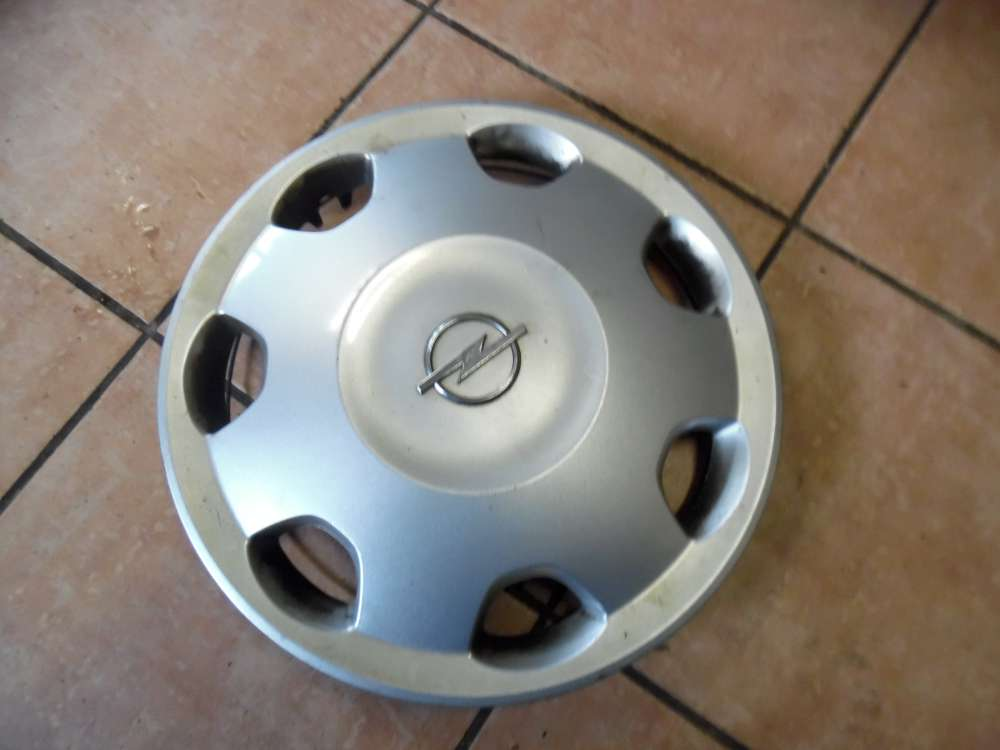Opel Corsa Radkappe 13-Zoll 90576180