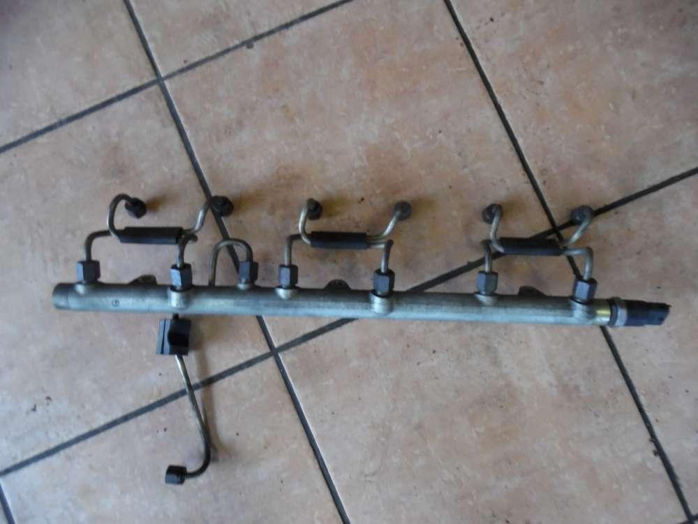 Opel Omega B Einspritzleiste 0445216002