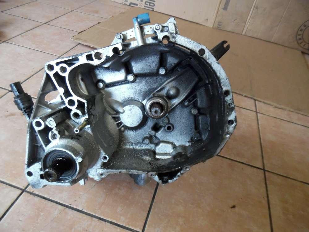 Renault Kangoo KC Schaltgetriebe Getriebe 5-gang 7700598840