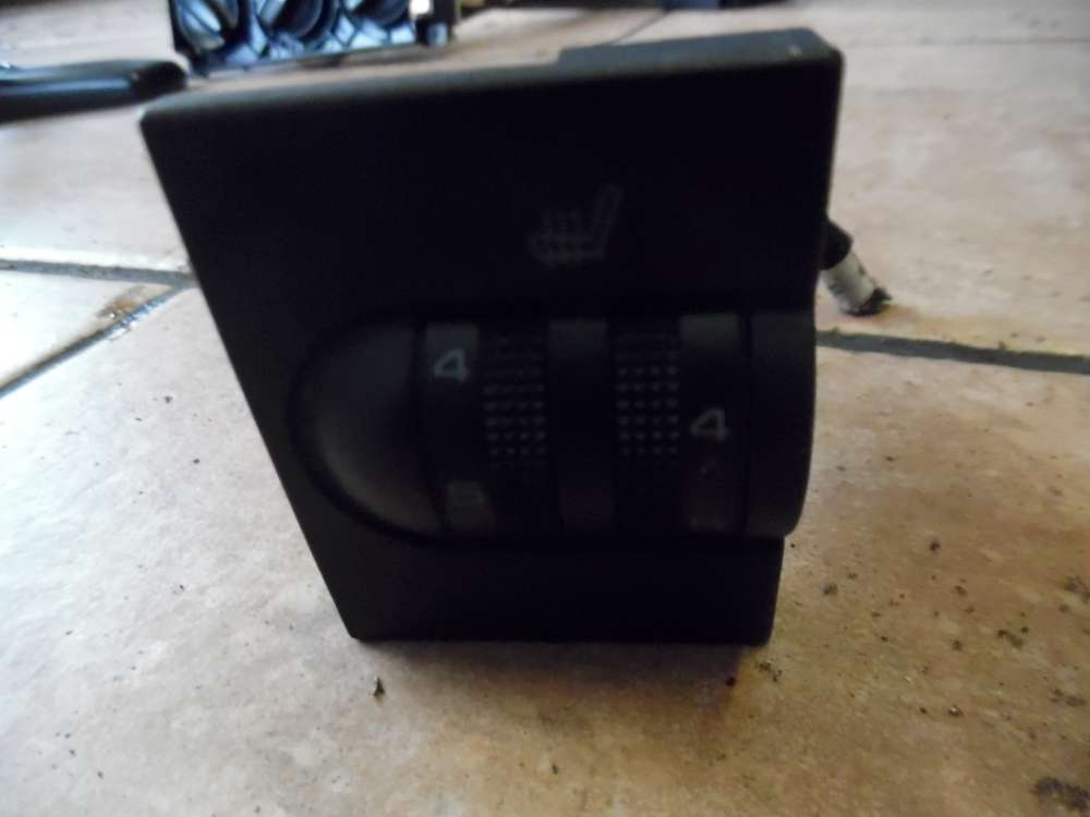 VW Golf III Schalter Sitzheizung 1H6963563