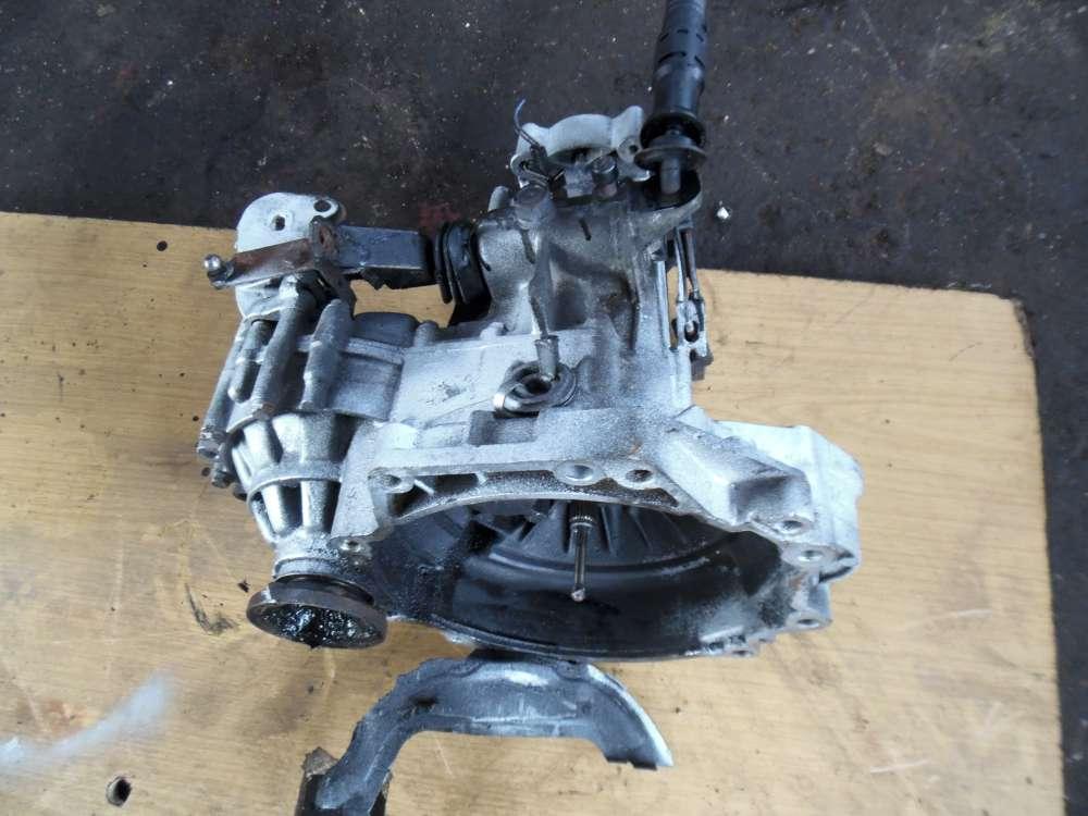 VW Golf III 1,6L Getriebe Schaltgetriebe 5-gang 02K301107