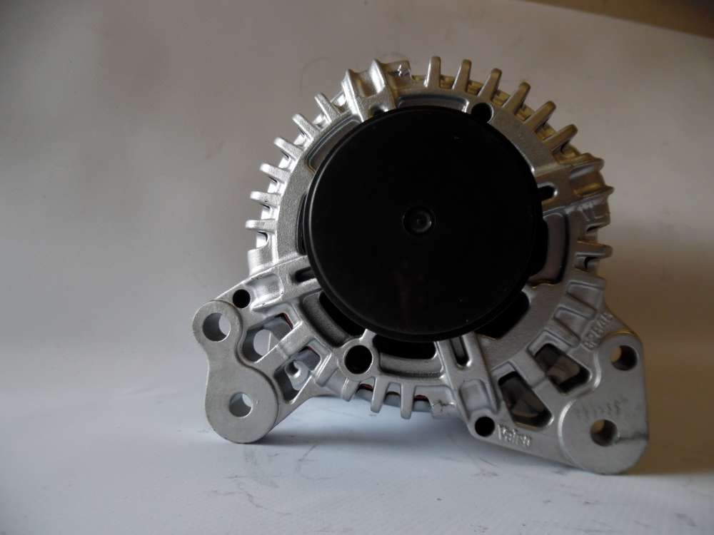 Lichtmaschine Generator 110A Audi A3, Seat, Skoda, VW 06F903023E Valeo 2542730G
