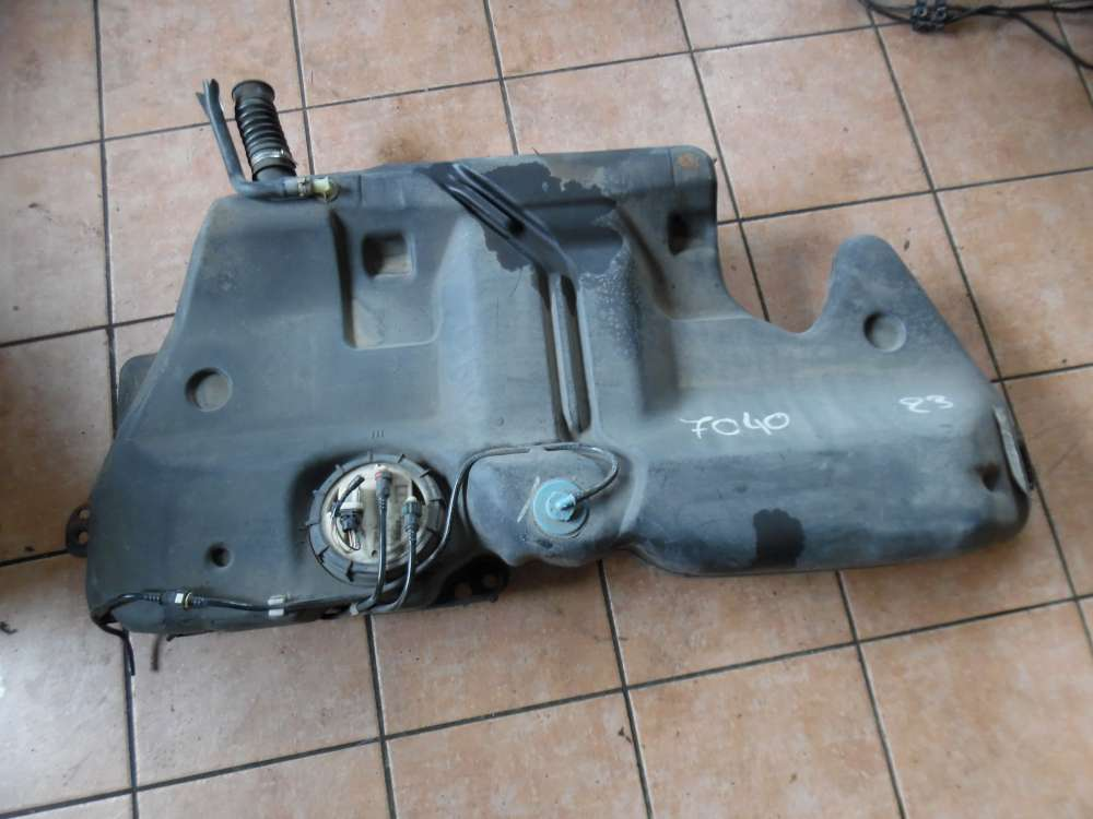 Renault Megane I Kraftstofftank Benzin mit Kraftstoffpumpe 7700432336