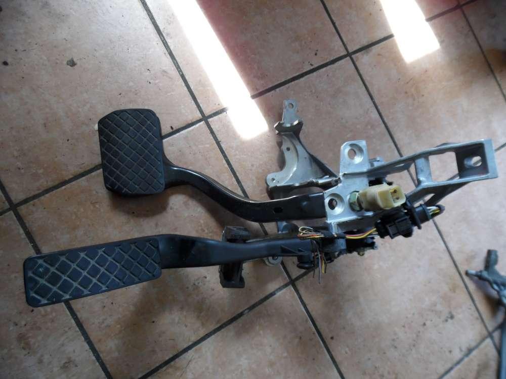 Audi A4 B5 Pedalwerk Gaspedal Bremse Automatik 8D1721117D