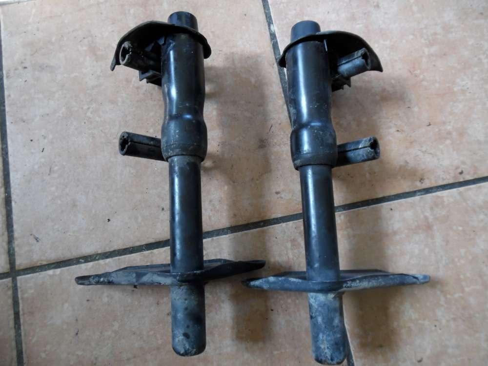 Audi A4 B5 Aufpralldämpfer Halter Hinten 8D0807331 8D0807332