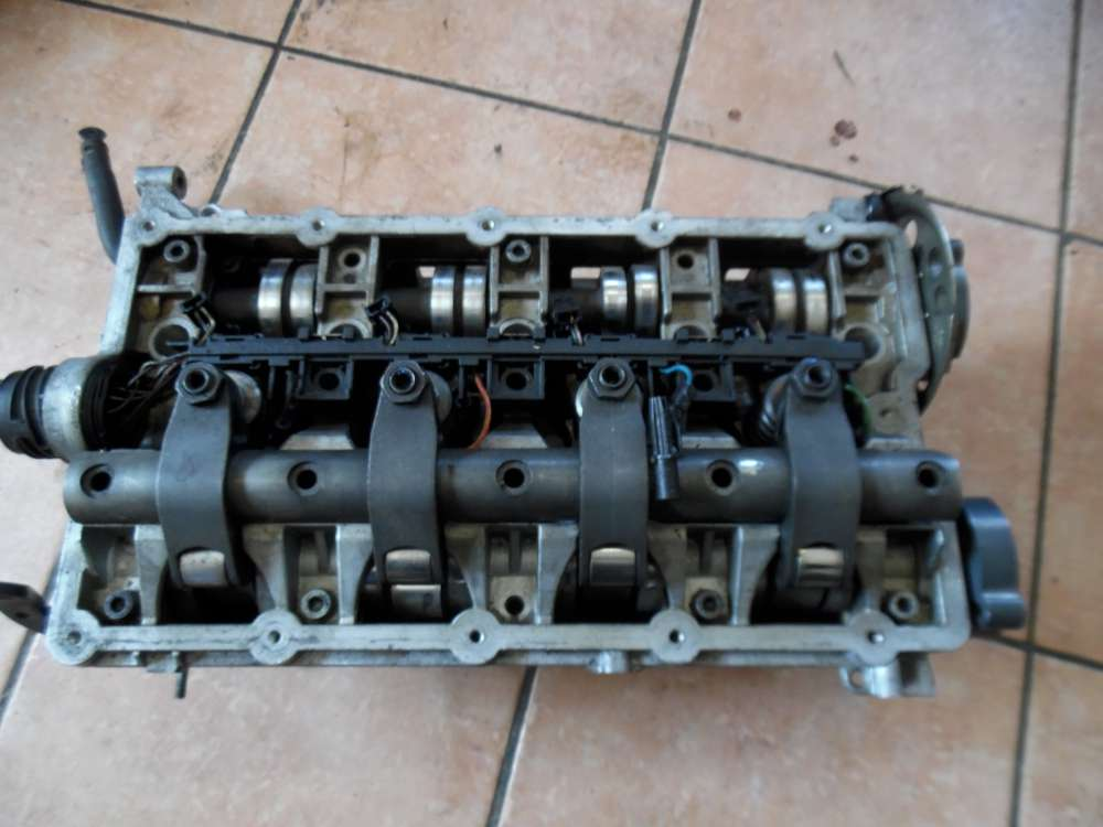VW Passat 3C 2,0 TDI Zylinderkopf Nockenwelle Motor 03G103373A