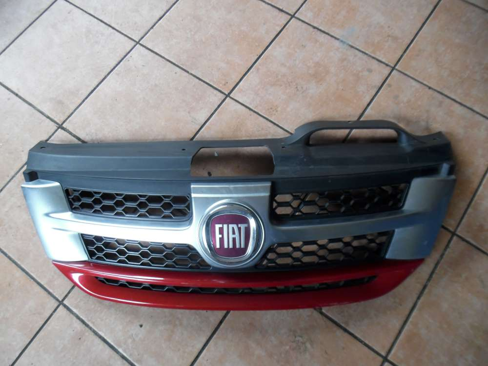 Fiat Freemont 345 Kühlergrill Frontgrill Grill 55000802