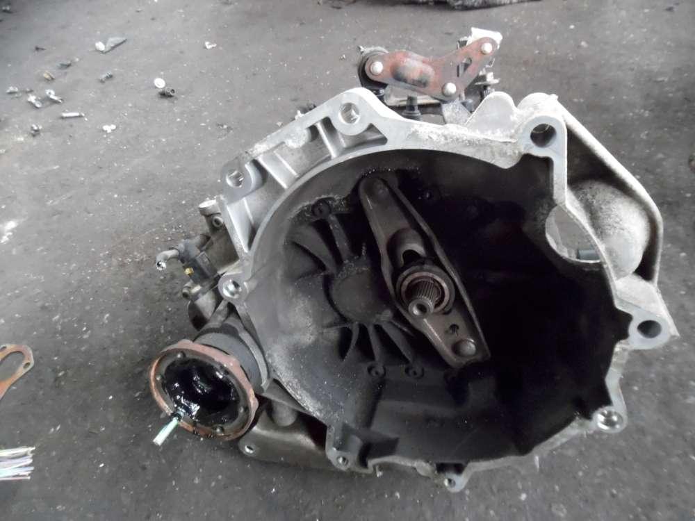 VW Polo 9N 1,2L GEU Schaltgetriebe Getriebe 5-gang 02T301103