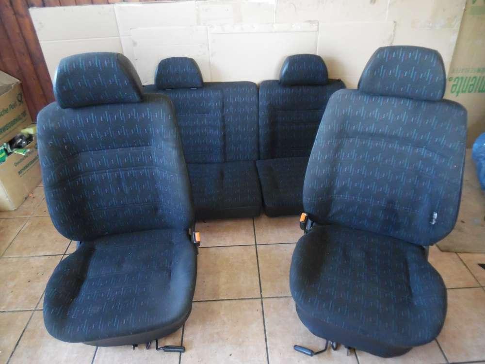 VW Golf III 1H1 Sitze Innenausstattung Stoff Schwarz