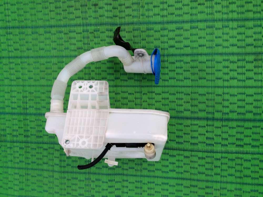 VW Touran Bj:2004 Wasserpumpe Wischwasserbehälter 1KO955453