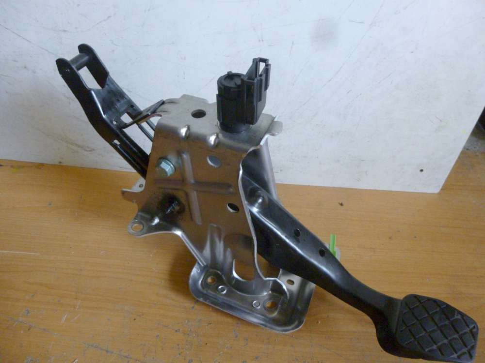 VW Touran 1T Pedal Pedalwork Bremse 1T1721057K