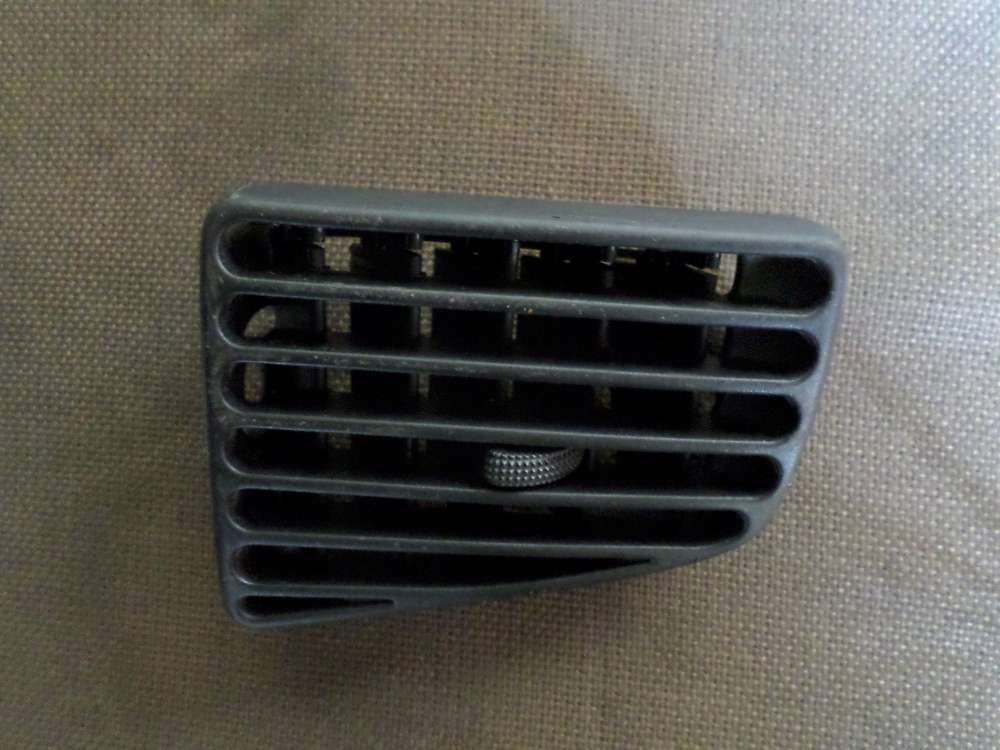Original VW Passat Luftdüse links 3A1819719