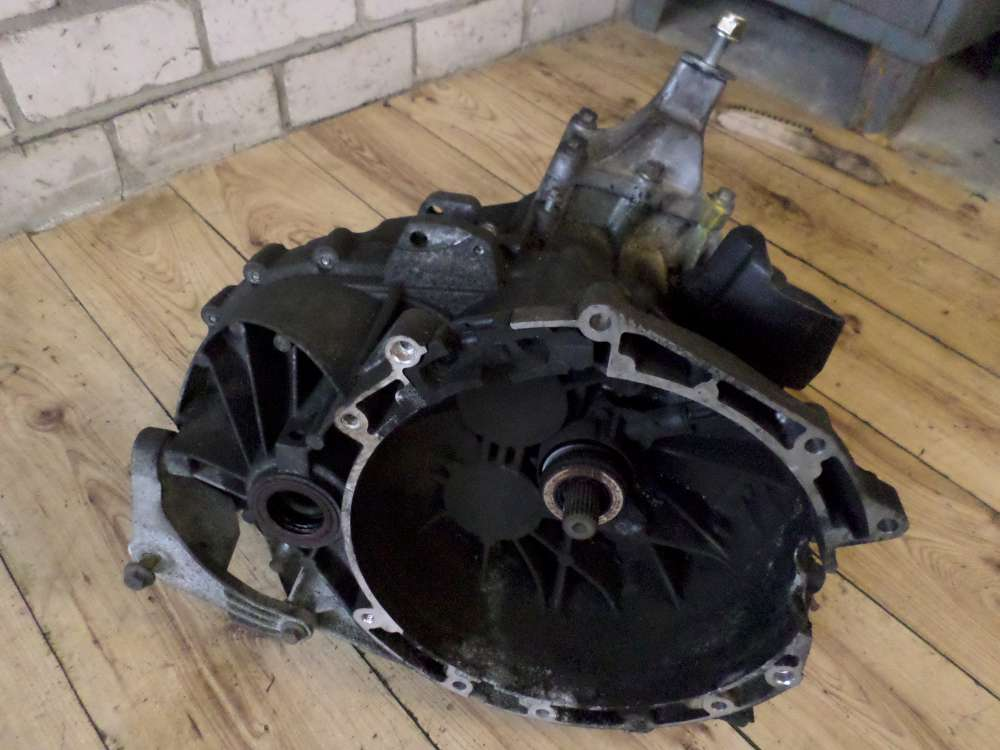 Ford Mondeo Bj2007 Schaltgetriebe Getriebe  6S7R-7002-EB 3S7R7F096  96000 KM