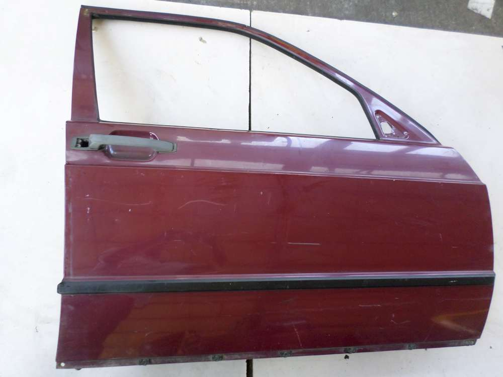 Mercedes Benz 190E W201 von 1982 bis 1993 Beifahrertür Tür vorne rechts Farbe: Rot