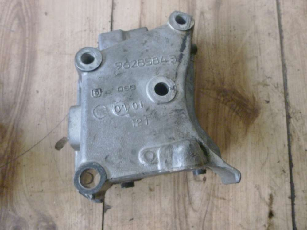 Peugeot Partner Bj 2001  1.9 Original Motorhalter Nr: 96285843