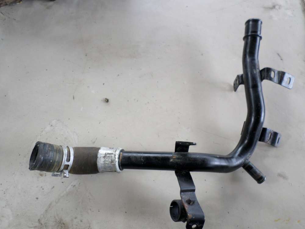 Peugeot 206 44KW Bj98 Kühlwasserleitung Wasserschlauch Schlauch