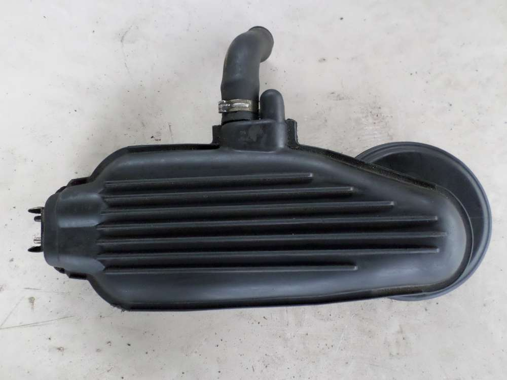 Peugeot 106 Bj.1998 Luftansaugschlauch   33kw  9603639980