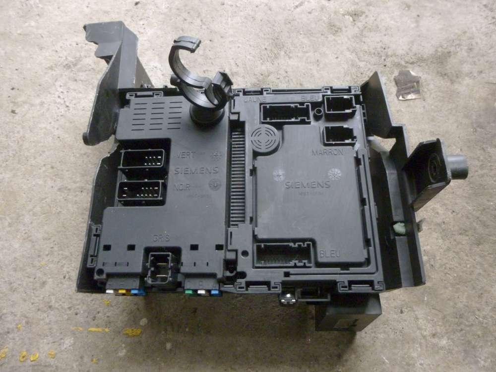 Original Peugeot 206 Sicherungskasten Sicherungs- und Relaiskasten Innenraum, Stecker