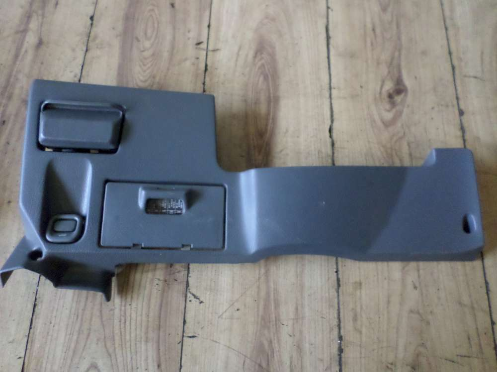 HONDA CR V Bj:2000 Armaturenbrett Unterteil Dashboard Lower Part