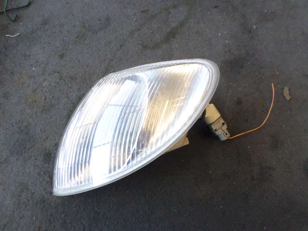 Original Renault Megane Blinker vorne links  7700831466