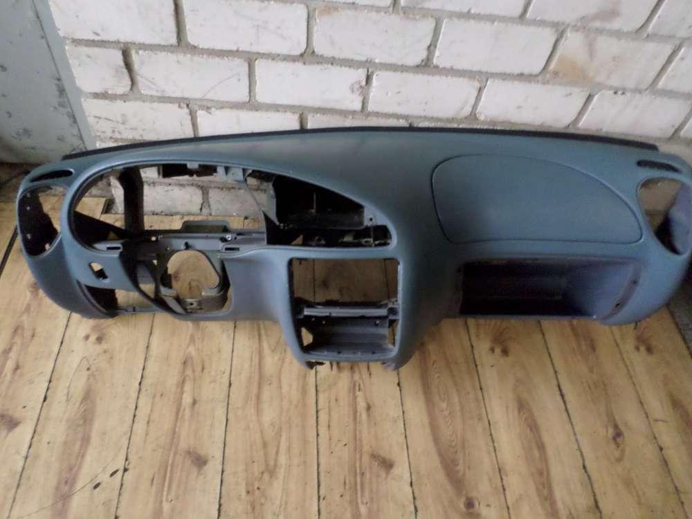 Mazda 121 Bj.96 Armaturenbrett Armaturenbrett 96FGA018W23AH